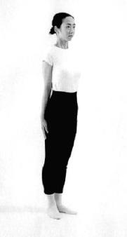 10. ábra - Merev, egyenes testtartás